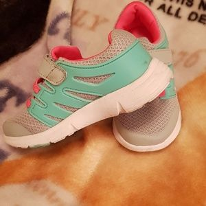Toddler girl sneakers